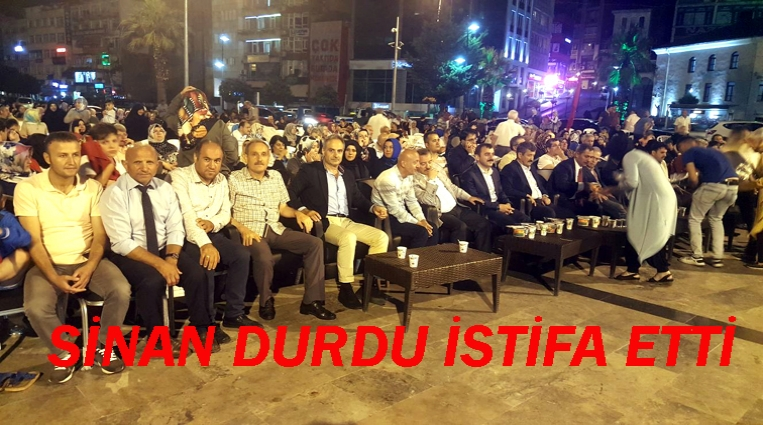 CHP EREĞLİ'DE YAPRAK DÖKÜMÜ BAŞLADI, DURDU İSTİFA ETTİ.