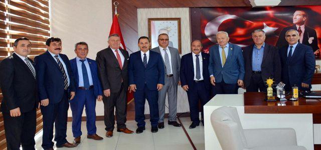 MUHTARLAR, BAŞKAN UYSAL'I ZİYARET ETTİ